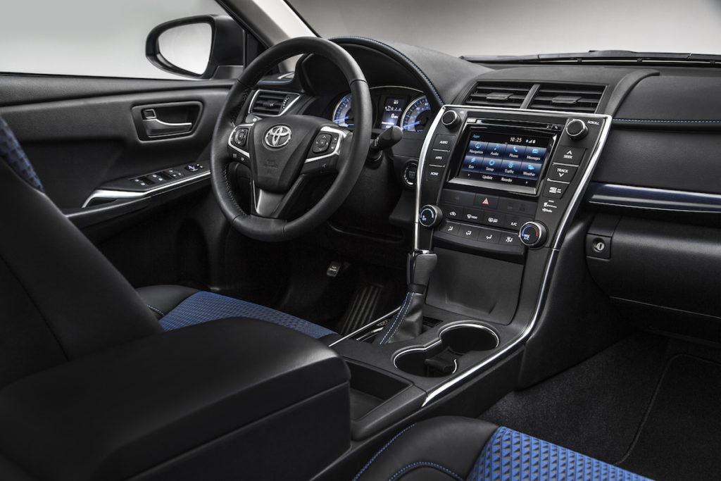 2016 Toyota Camry Interior Ardmore